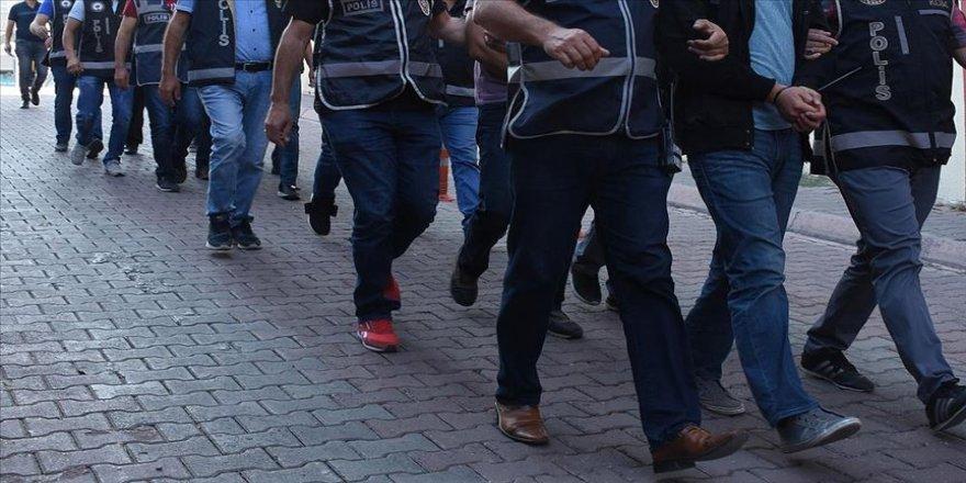 FETÖ operasyonları: 14 gözaltı