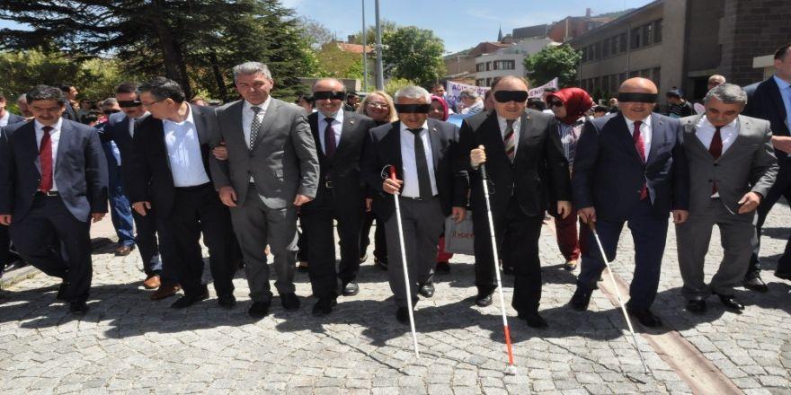 Afyonkarahisar'da Engelliler Festivali Yapıldı