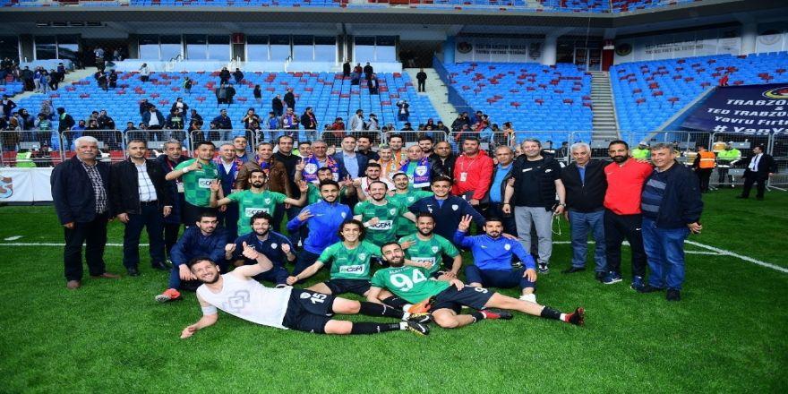 Yeşilyurt Belediyespor Kupasına Kavuşuyor