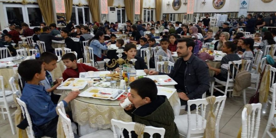 KİHMED'ten iftar