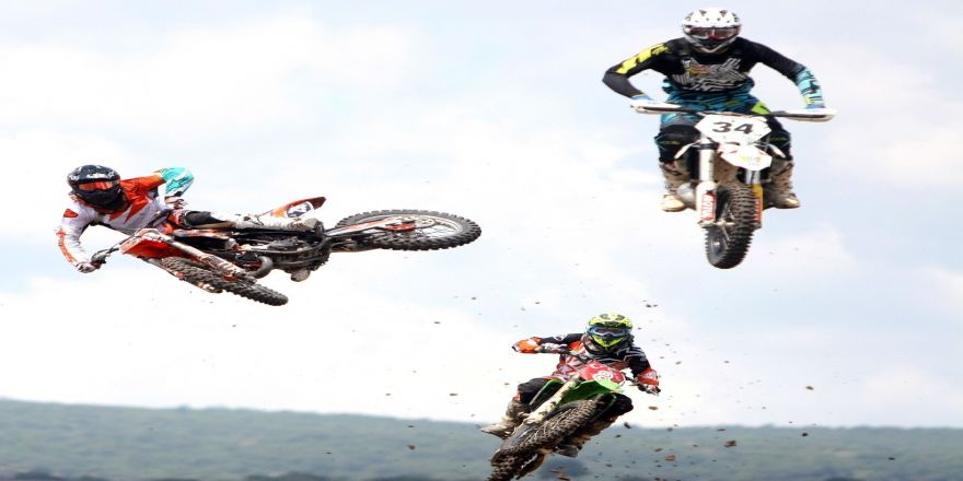 Uçan Motosikletler Çatalca'da