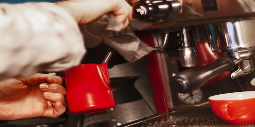 """""""Matematik Problemi Çözer Gibi Kahve Tarifleri Hazırlanıyor"""""""