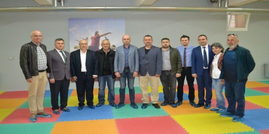 200 Bin Lira Harcayarak Spor Salonuna Dönüştürdüler