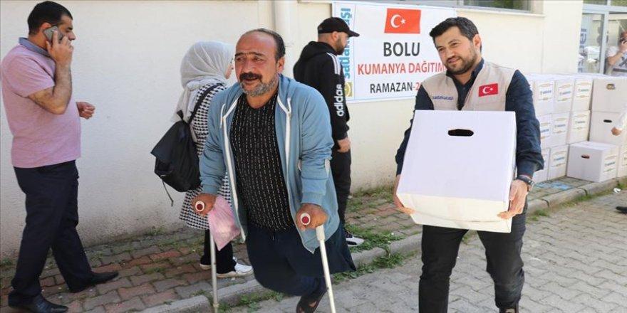 Sadakataşı'ndan Bolu'da ramazan yardımı