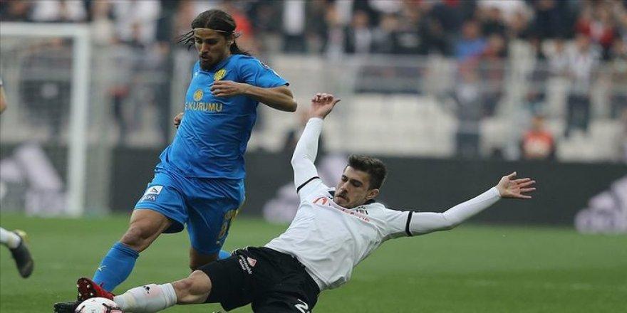 Pinto, sözleşmesini tek taraflı feshetti