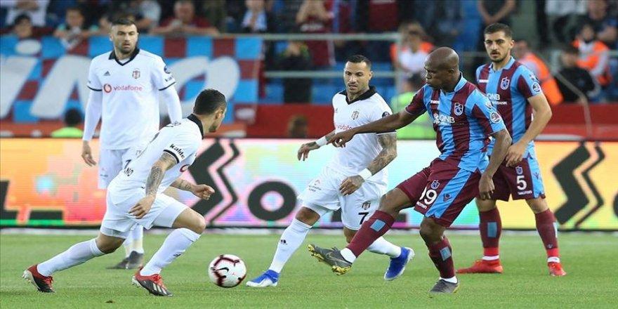 Trabzonspor üçüncülük şansını son haftaya taşıdı