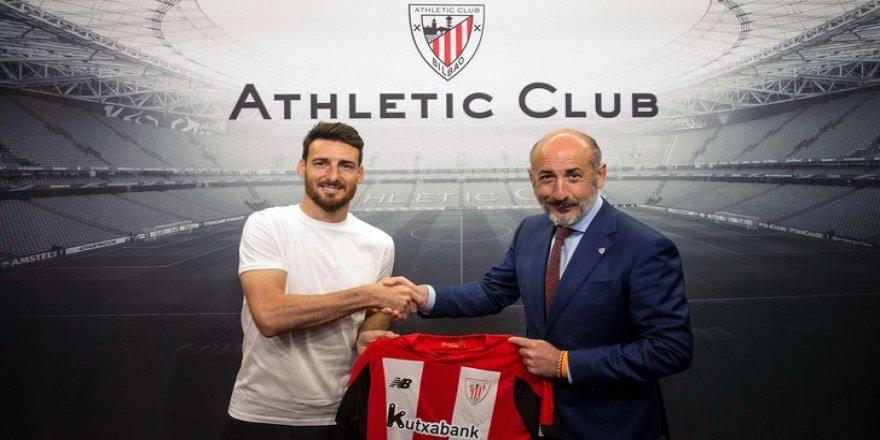 Athletic Bilbao, Aritz Aduriz'in sözleşmesini 1 yıl uzattı