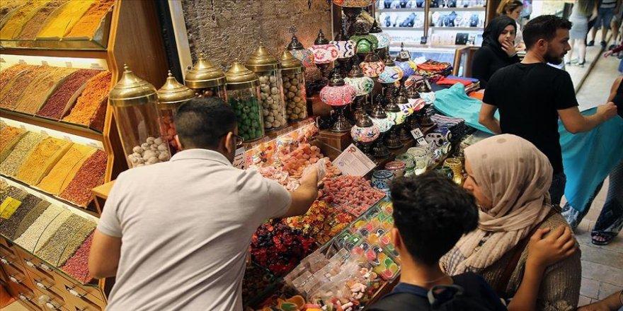 Esnaf bayram alışverişlerinden umutlu