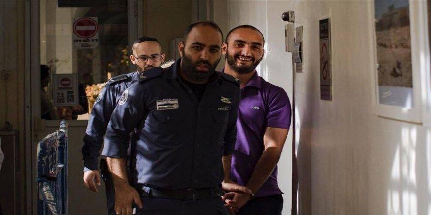 'AA foto muhabiri ailesinden koparılma riskiyle karşı karşıya'