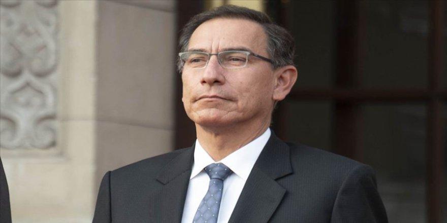 Peru Devlet Başkanı Vizcarra parlamentoyu feshetmekle tehdit etti