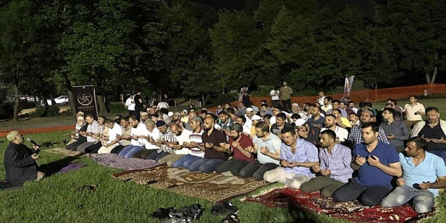 Yeniden Refah, Kadir Gecesini Hünkar Çayırında idrak etti