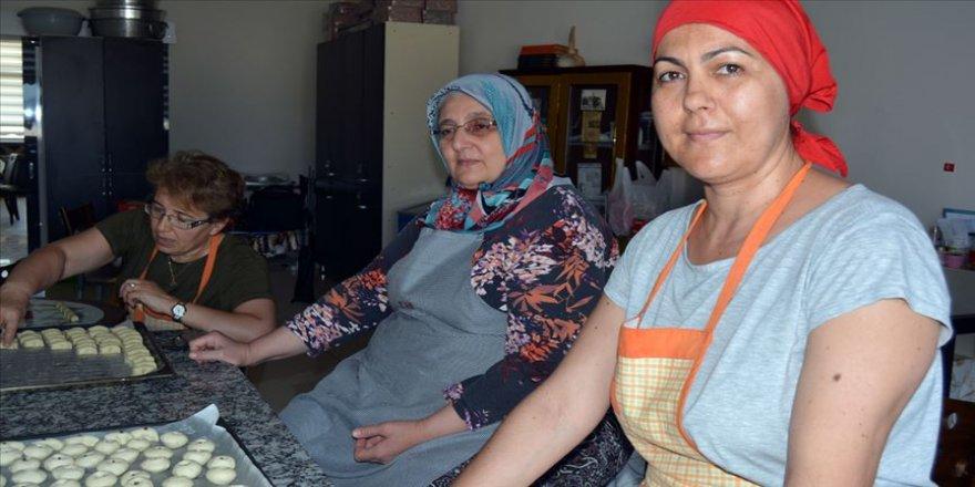 Soma kurabiyesi' kadınlara kazanç kapısı oldu