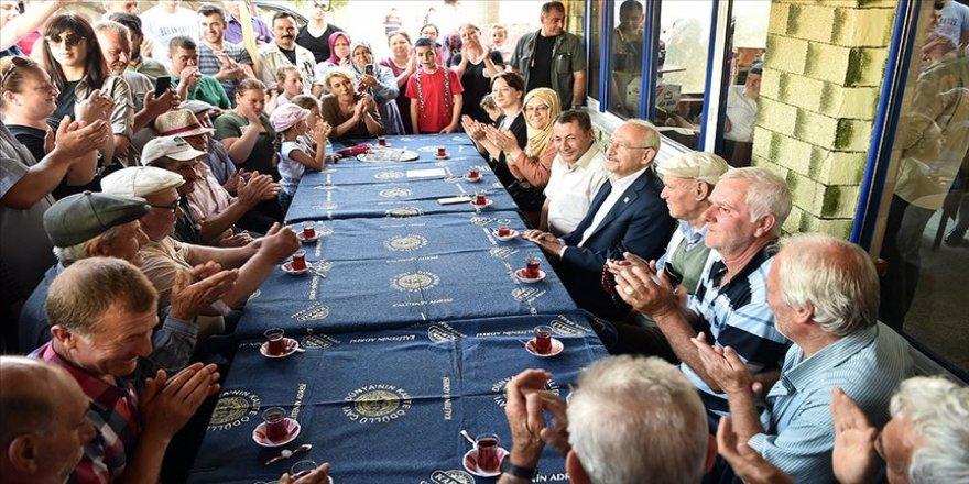 CHP Genel Başkanı Kılıçdaroğlu'ndan köy ziyaretleri