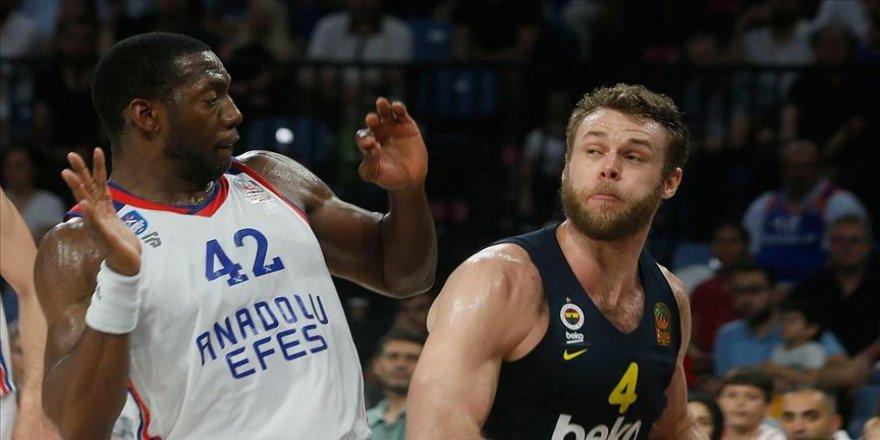 Final serisi Fenerbahçe Beko'nun galibiyetiyle başladı