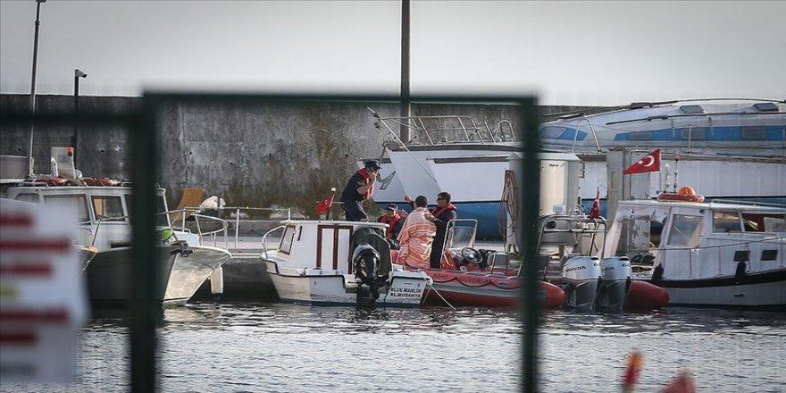 Bursa'da tekne arızası: 8 kişi kurtarıldı, 2 kişi kayıp