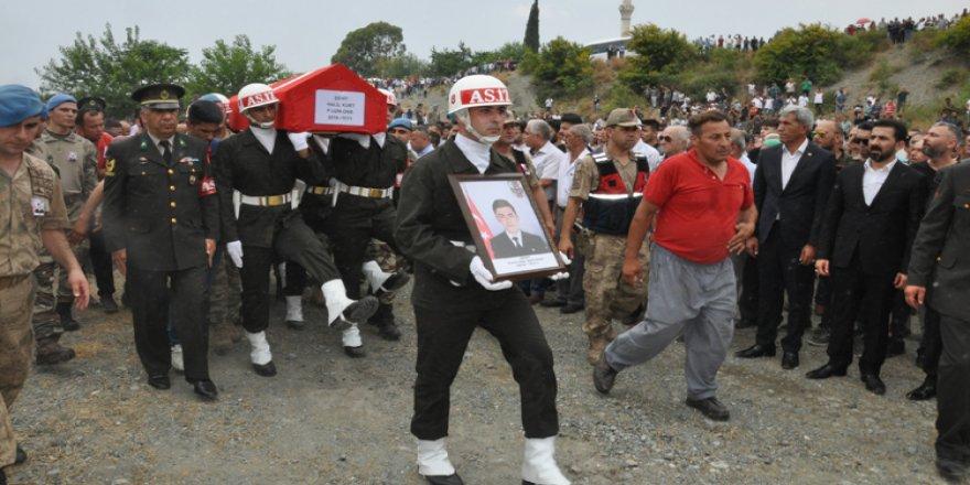 Şehit Onbaşı Halil Kurt son yolculuğuna uğurlandı