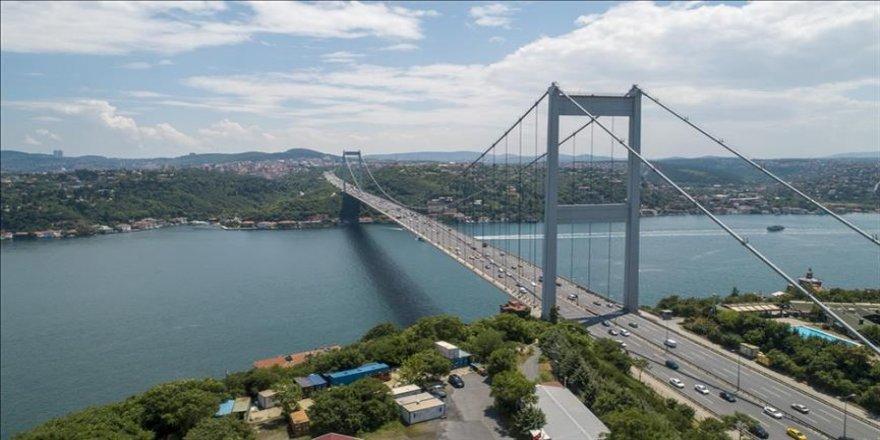 İstanbul Boğazı çift yönlü trafiğe kapatıldı