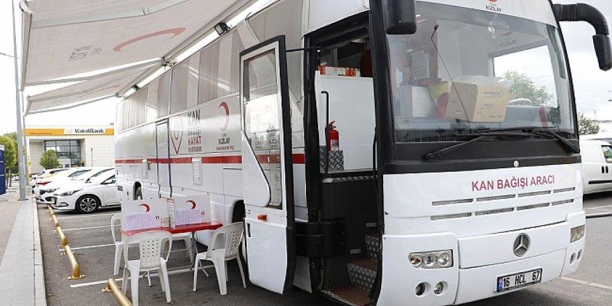 Kızılay kan bağışı aracı her salı GOSB'da
