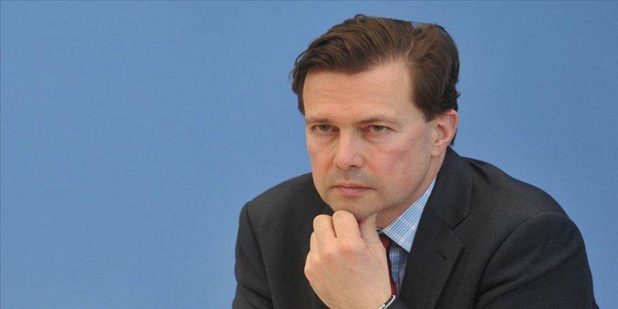 Almanya'dan İran'a 'nükleer anlaşmaya uyma' çağrısı