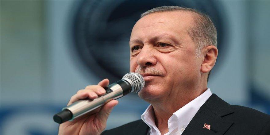 Cumhurbaşkanı Erdoğan: Derdi verileri korumak değil onları alıp bir yerlere servis etmek