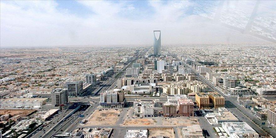 Suudi Arabistan 'Ayrıcalıklı Oturum Sistemi'ni' hayata geçirdi