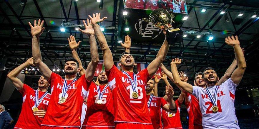 Türk erkek voleybolunun tarihi başarısı