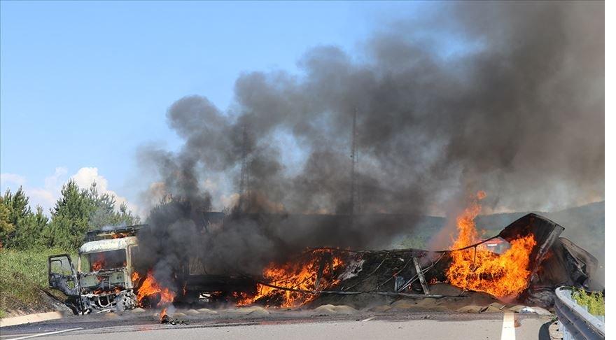 Anadolu Otoyolu'ndaki trafik kazası ulaşımı aksattı