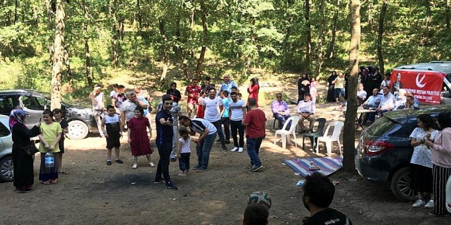 Yeniden Refah Partisi piknikte buluştu