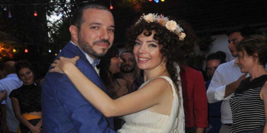 Akasya Asıltürkmen ile Serdar Özerman boşandı