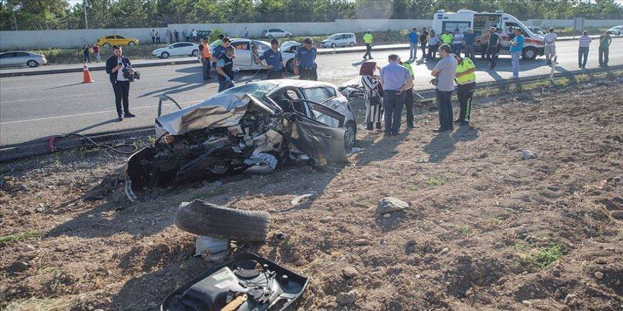 Zincirleme trafik kazası: 3 ölü