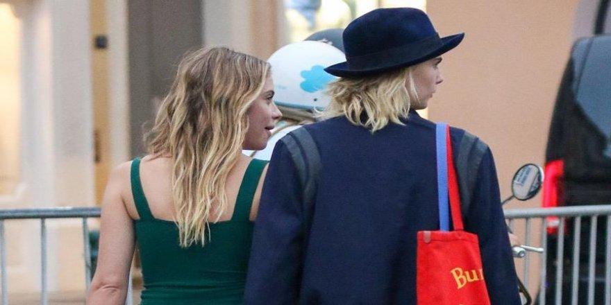 Cara Delevingne'in Ashley Benson ile nişanlandığı iddia edildi