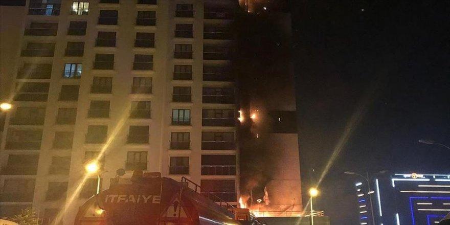 16 katlı binada yangın çıktı