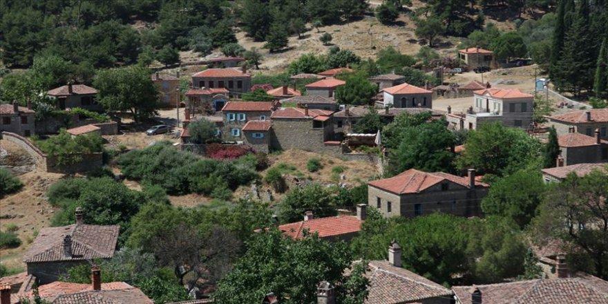 Kazdağları'nın otantik köyünden turist eksik olmuyor