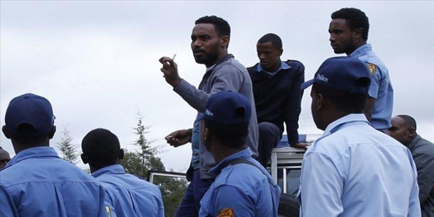 Etiyopya'da FETÖ'cü müdür okul paralarını hesabına geçirmiş