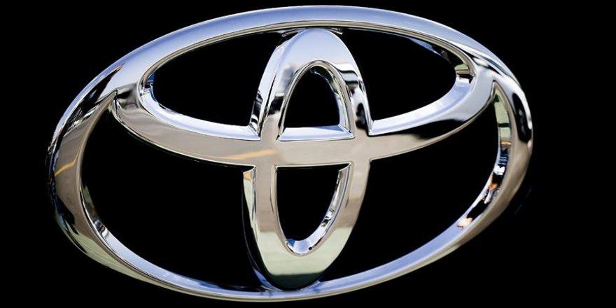 Toyota, Ay keşif aracı üretecek