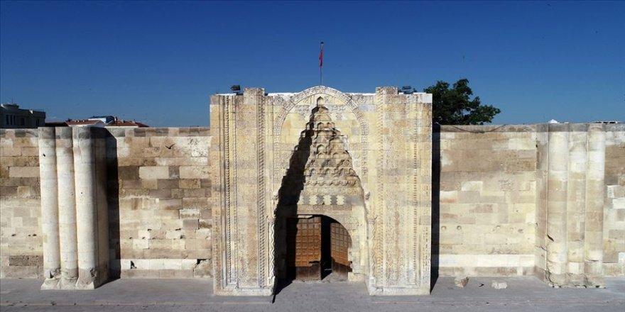 Sultanhanı'ndaki restorasyon projeye uygun yapıldı'