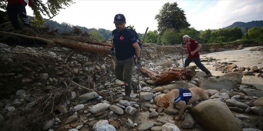 Düzce'de kaybolan 6 kişiyi arama çalışmaları devam ediyor