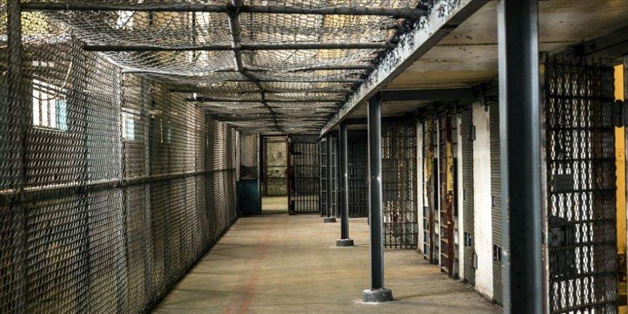 Hapishanede isyan: 52 ölü