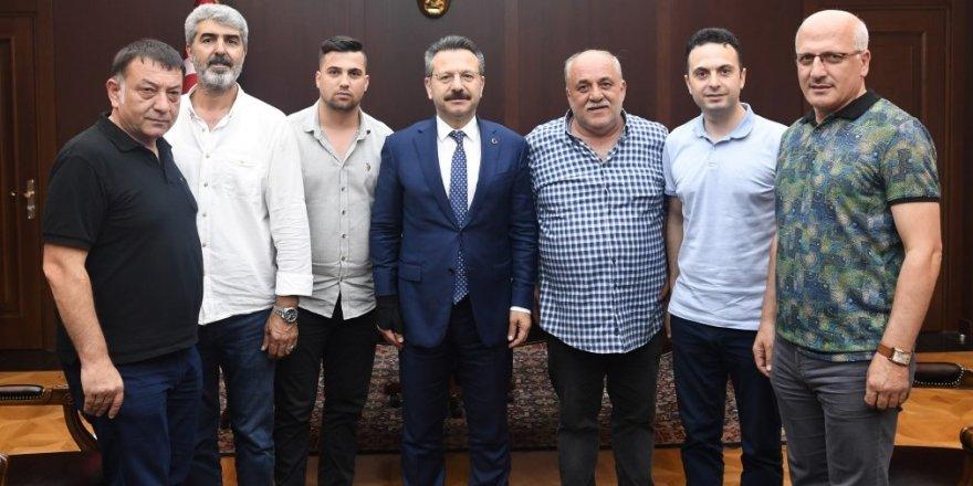Gebzespor'dan Vali Aksoy'a ziyaret