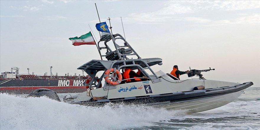İran, Basra Körfezi'nde yabancı bir tankere el koydu
