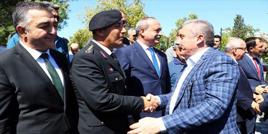 TBMM Başkanı Şentop Tekirdağ'da bayramlaşma programına katıldı