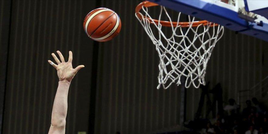 A Milli Basketbol Takımı'nda 2 oyuncu kadrodan çıkarıldı