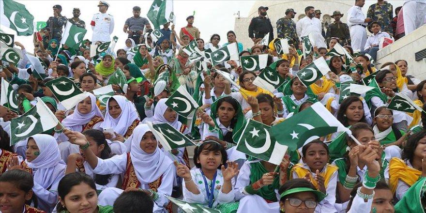 Pakistan bağımsızlığının 72. yılını kutluyor