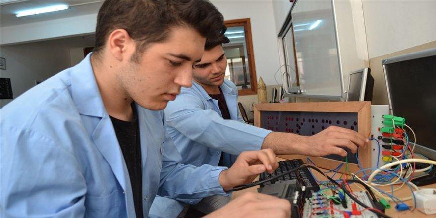 Mesleki ve teknik eğitim için yeni projeler