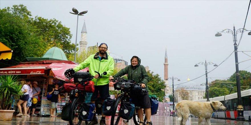 Alman bisikletçiler Türkiye'yi keşfe İstanbul'dan başladı