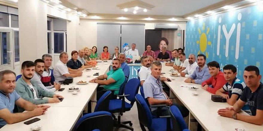 CHP'de İYİ Parti'ye hayırlı olsun ziyareti