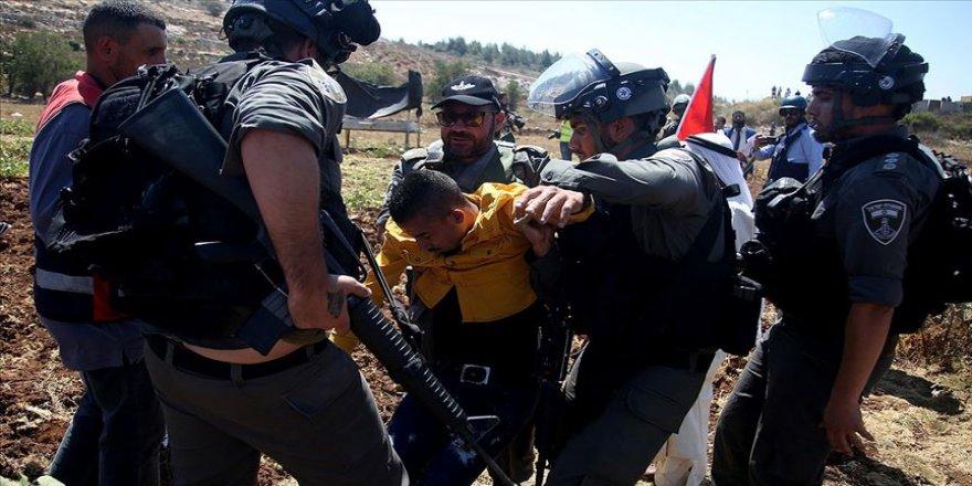 İsrail'den Filistinli tutuklulara destek gösterisine müdahale