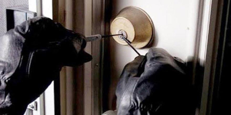 Lüks villadan 4 milyon liralık hırsızlık
