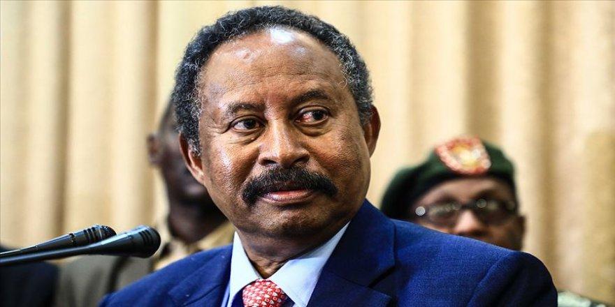 Sudan Başbakanı Hamduk: 8 milyar dolar dış yardıma ihtiyacımız var