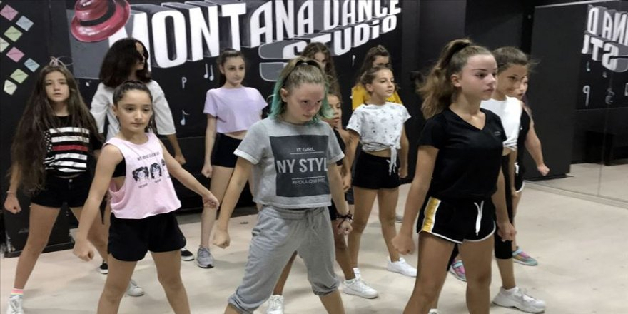 Türk dans ekibinin hedefi dünyada marka olmak